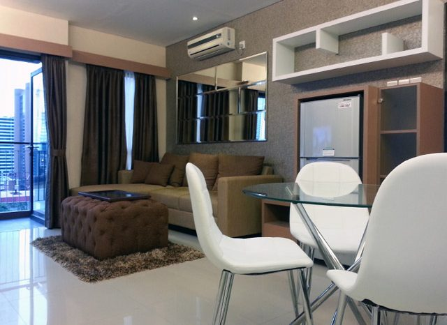 Living room Apartemen Mr. Ferry Taman Sari